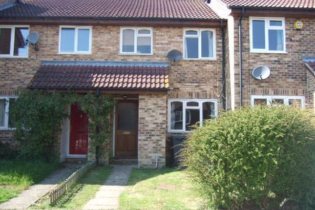Thumbnail Terraced house to rent in Bow Field, Hook