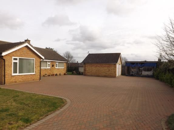 Thumbnail Bungalow for sale in Addingtons Road, Great Barford, Bedford, Bedfordshire