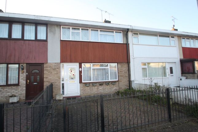 3 bed terraced house for sale in Woolmer Green, Laindon, Basildon