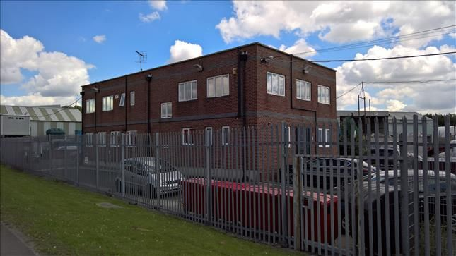 Thumbnail Office to let in First Floor, Recycling House, Ferry Lane South, Rainham, Essex