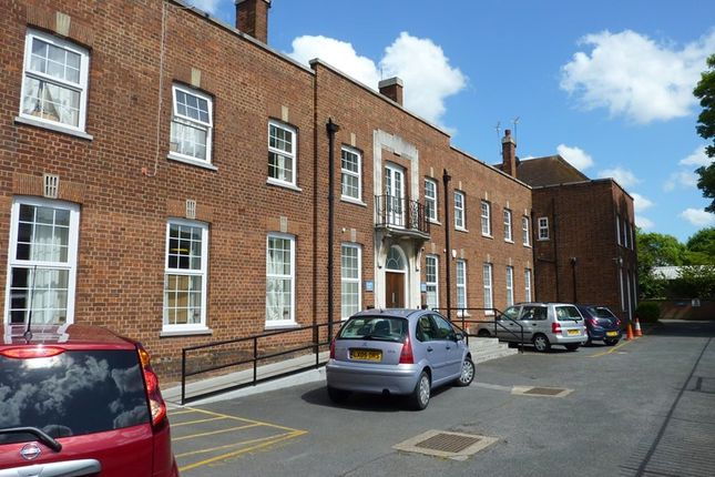 Thumbnail Flat to rent in Sycamore Drive, Swanley