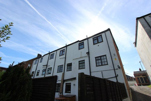 Thumbnail Flat for sale in Paynes Road, Southampton