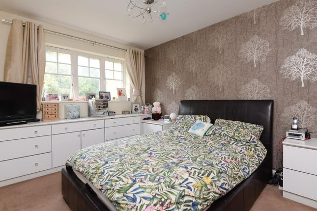Master Bedroom of Penny Cress Gardens, Maidstone ME16