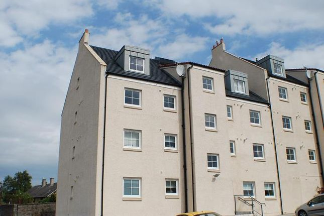 Thumbnail Flat to rent in Regent Street, Kincardine, Alloa