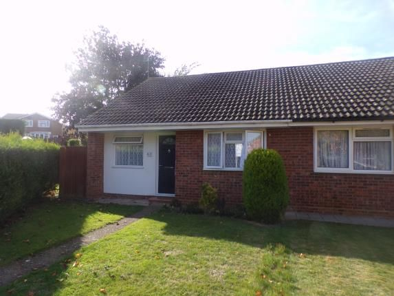 Thumbnail Bungalow for sale in Carroll Close, Newport Pagnell, Buckinghamshire
