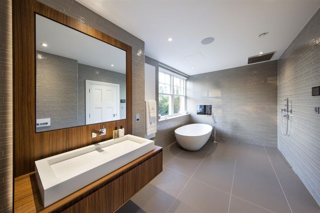 Detached house for sale in Bishopswood Road, London