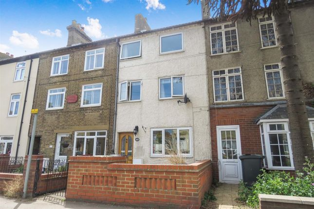 Thumbnail Terraced house to rent in Hitchin Street, Biggleswade