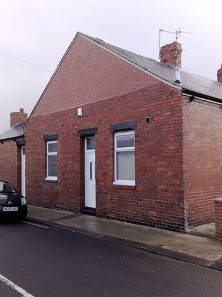 Thumbnail Bungalow to rent in St. Albans Street, Sunderland