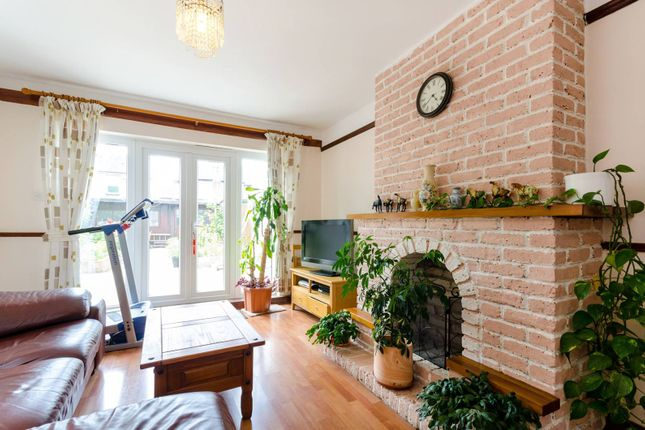 Thumbnail Semi-detached house for sale in Thorncroft Road, Sutton