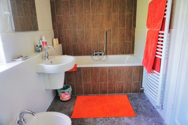 Bathroom of Newland Park, Hull HU5