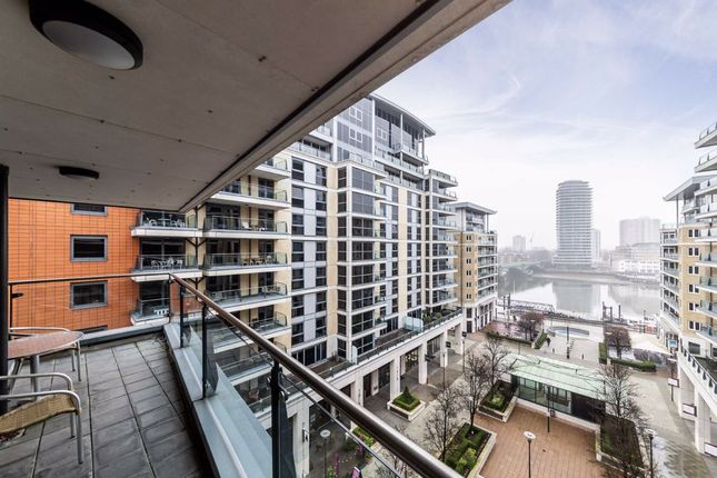 Thumbnail Flat for sale in The Boulevard, London