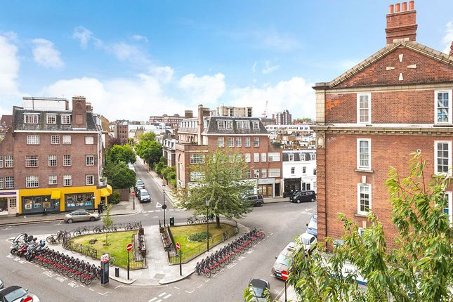 Thumbnail Flat for sale in Cranmer Court, Whiteheads Grove, Chelsea, London