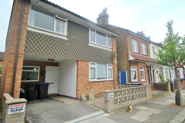 Thumbnail Detached house for sale in Sterling Road, Enfield