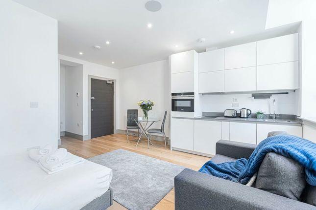 Studio to rent in Lawrence Road, London N15