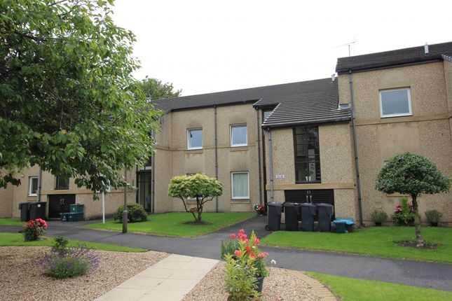 Thumbnail Flat for sale in Grendon Court, Stirling