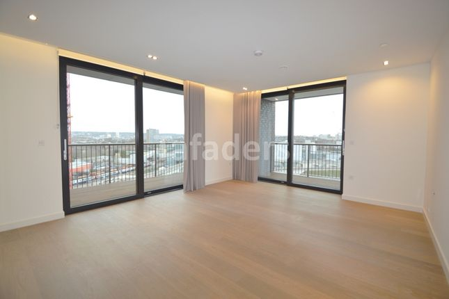 Thumbnail Flat for sale in Plimsoll Building, Stable Street, Kings Cross