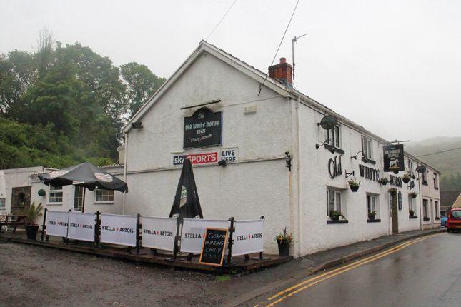 Thumbnail Pub/bar for sale in High Street, Pontneddfechen