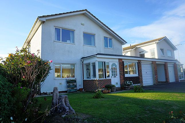 Thumbnail Link-detached house for sale in Large Acres, Chichester