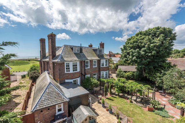 Thumbnail Detached house for sale in Sycamore Gardens, Dymchurch, Romney Marsh