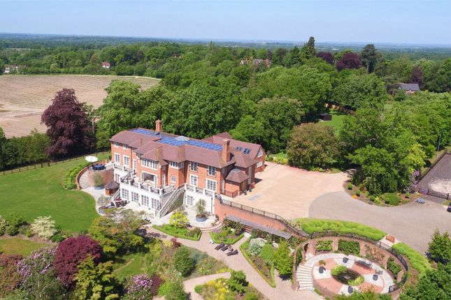 Thumbnail Detached house to rent in The Ridges, Finchampstead, Wokingham