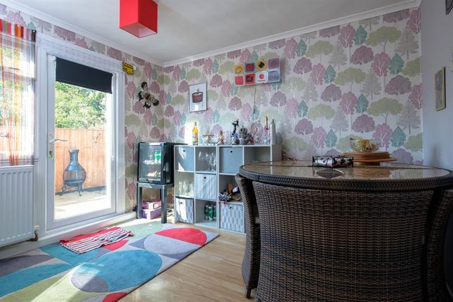 Mobile/park home for sale in 1 Oak Way, Caerwnon Park, Builth Wells