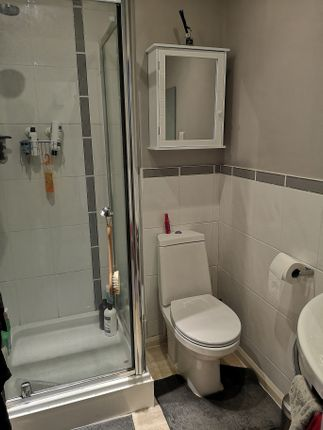 En Suite of Pavilions Way, Gosport PO12
