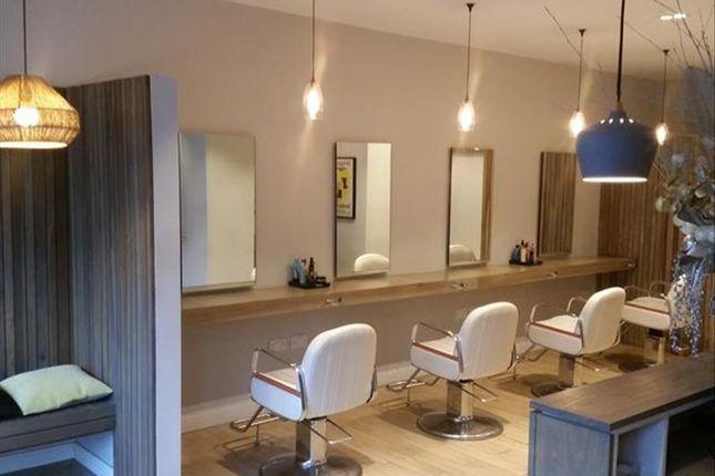 Thumbnail Retail premises for sale in Hair Salon N16, London