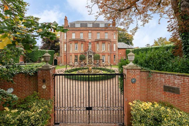 Thumbnail Detached house for sale in Dorking Road, Epsom
