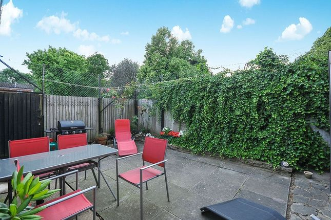 Thumbnail Flat for sale in Tovil Close, London