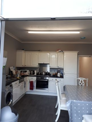 Thumbnail Room to rent in St. Osburgs Road, Coventry