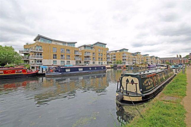 Thumbnail Flat to rent in Durham Wharf Drive, Brentford
