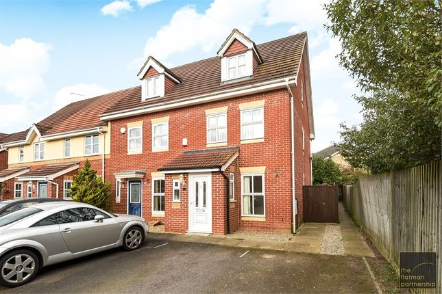 Thumbnail End terrace house to rent in Hurworth Avenue, Langley, Berkshire
