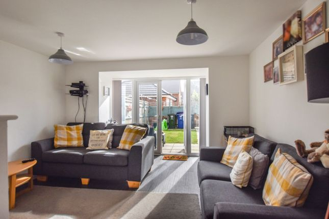 Town house for sale in Town End Drive, Doncaster