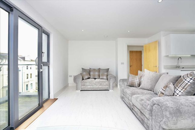 Thumbnail Flat to rent in Cawthorne House, Dyke Road, Brighton