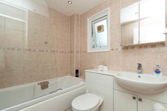 Bathroom of Landseer Close, Basingstoke, Hampshire RG21