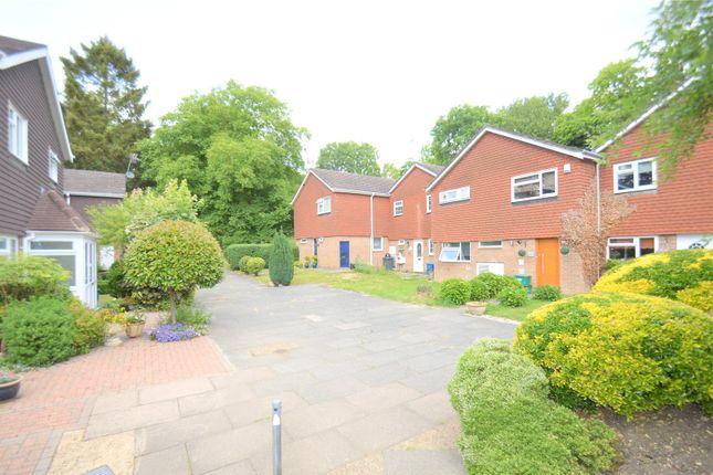 Thumbnail Property to rent in Charlton Gardens, Coulsdon