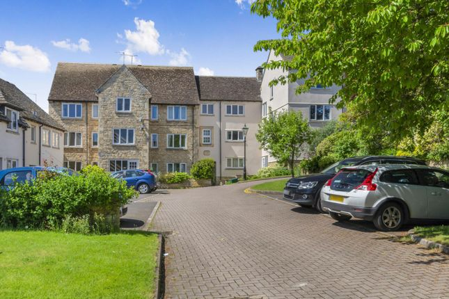 Thumbnail Flat to rent in Warrenne Keep, Stamford, Lincs