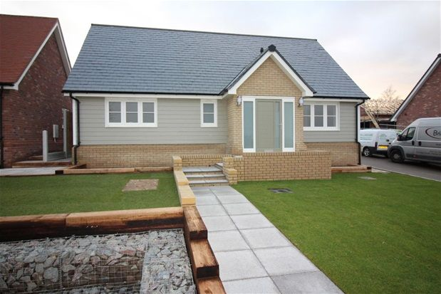 Thumbnail Detached bungalow for sale in Walton Road, Kirby-Le-Soken, Frinton-On-Sea