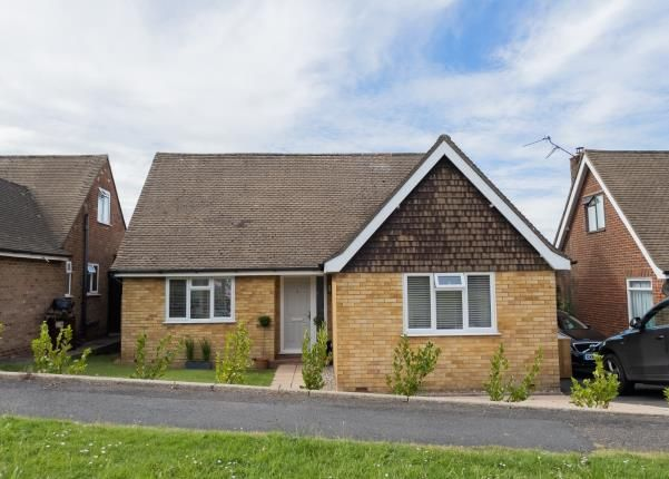 3 bed bungalow for sale in Uplands Park, Broad Oak, Heathfield, East Sussex TN21