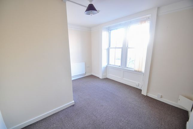 1 bed flat to rent in Clytha Crescent, Newport NP20