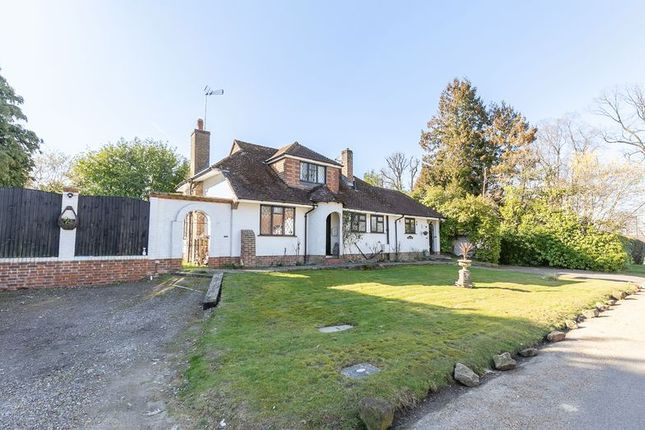 Thumbnail Detached house for sale in Barnwood, Pound Hill, Crawley, West Sussex