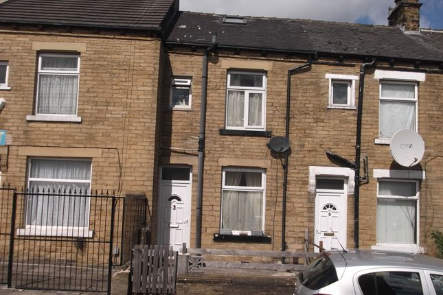 Thumbnail Terraced house to rent in Winstone Terrace, Bradford