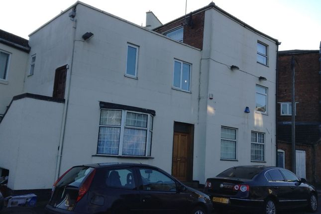 Thumbnail Flat to rent in Flat 2, 2-4 Ranelagh Street, Leamington Spa