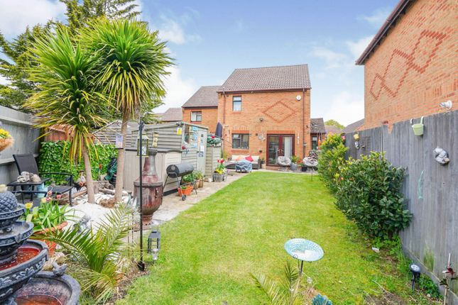 3 bed semi-detached house for sale in Brook View, Oxford OX4