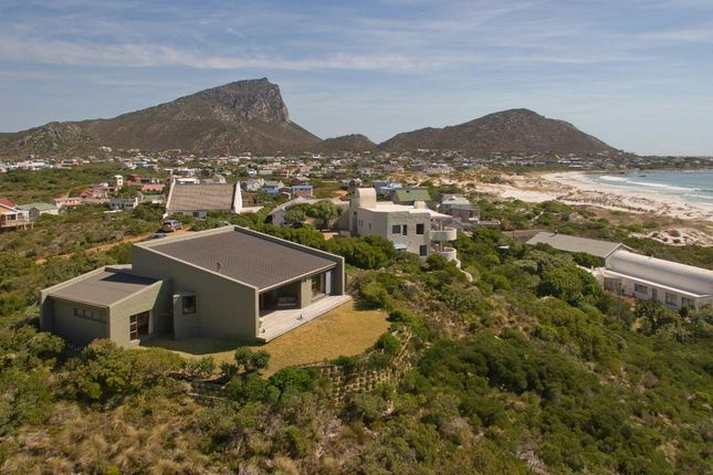 Detached house for sale in Allan Rd, Pringle Bay, 7196, South Africa