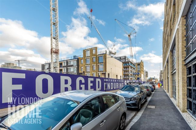 Thumbnail Property for sale in Argo House, Goodluck Hope, Orchard Place, London
