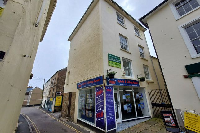 Thumbnail Flat to rent in 4 Green Market, Penzance, Cornwall