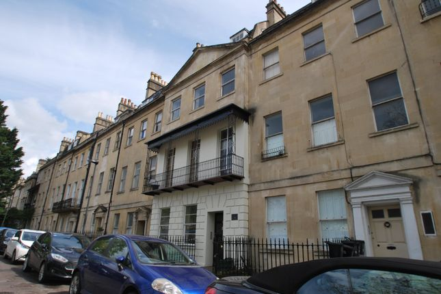 2 bed flat to rent in Kensington Place, Bath BA1