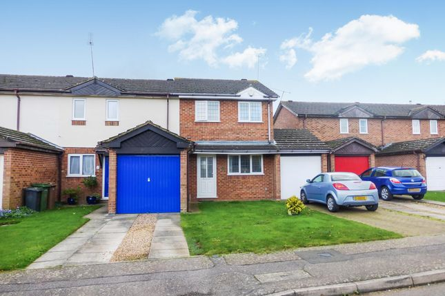 Thumbnail Property to rent in Harlestone Close, Luton