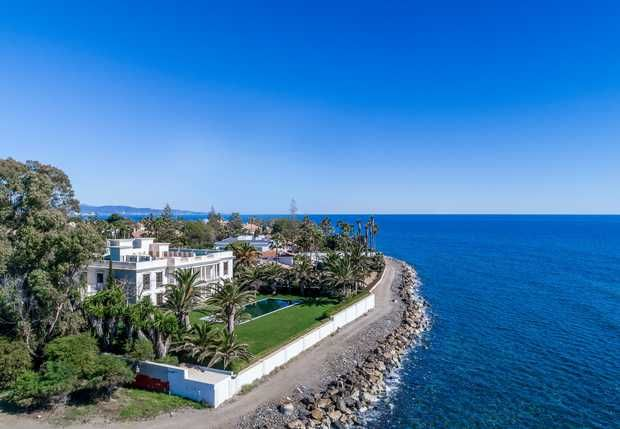 Thumbnail Villa for sale in Casasola, Estepona, Costa Del Sol